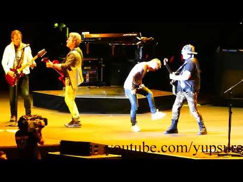 Journey - Stone in Love - Live HD (Hersheypark Stadium)