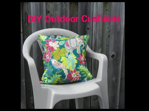DIY Outdoor Pillows - Made from a Tablecloth!