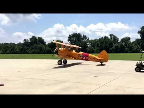 Stearman  taxing in after landing.  What an AWSOME sound!!!