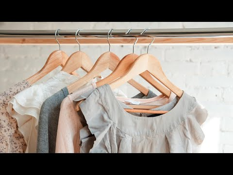 This GENIUS Wardrobe Hanger Trick Will Help You Weed Out the Clothes You Don't Wear