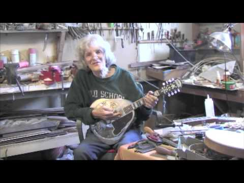 Rebuilding a Chinese reproduction Mandolin