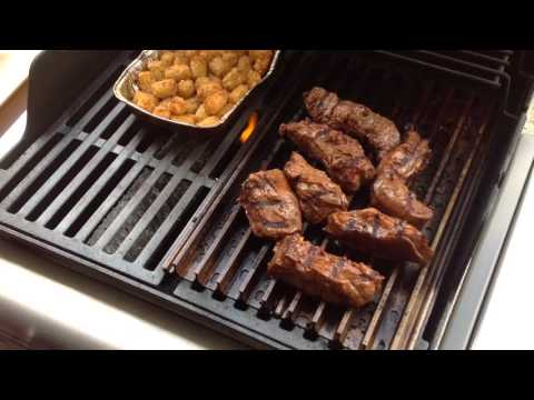 Weber Spirit / Grill Grates / Beef Country Style Ribs