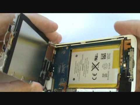 iPod Touch 4th Gen Screen Repair Tutorial Cracked Glass | GadgetMenders.com
