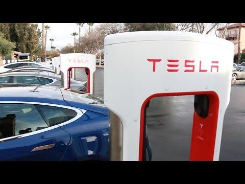 Long Distance Travel In An EV (Tesla Model S)