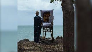 Australian paramedics fulfil dying woman's wish to see beach