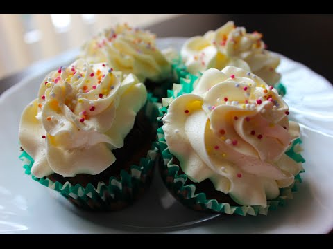 Marble cupcakes with Vanilla Frosting - quick and easy recipe