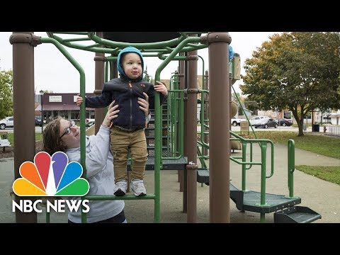 Mother Erika Hurt's Addiction Went Viral, Now She's Glad It Did | NBC News