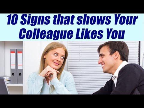 10 signs your Colleague likes you SECRETLY, पता करें क्या आपका कलीग आपको चाहता है | Boldsky