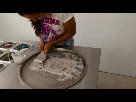 Rolled, Flat Pan, Fried, Ice Cream Machine Introduction / Instruction Fun Food Thailand
