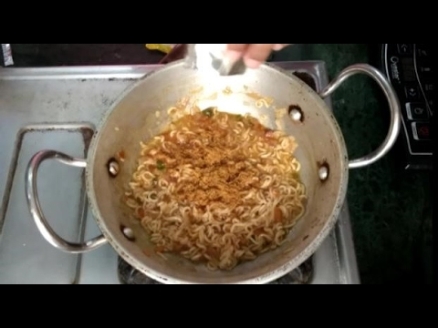 How To Make Spicy Masala Maggi | Street Style Maggi | Easy Chef