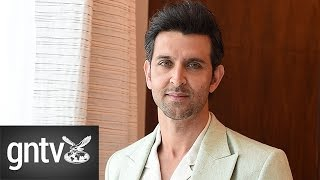 Hrithik Roshan dazzles fans in Dubai