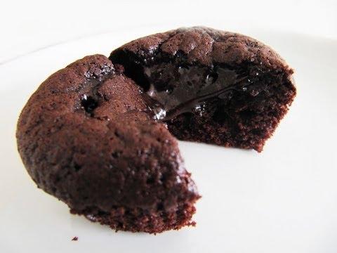 Molten Chocolate Lava Cupcake Quick & Easy Cake Recipe