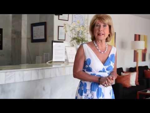Jennie Bond visits CLC World in Tenerife