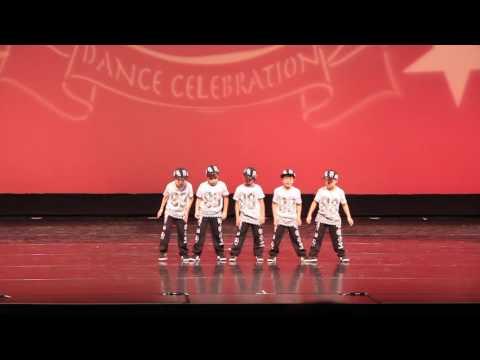 Incredible Little Boys Dancing - J CREW - Kids Hip Hop Dance Crew 2016