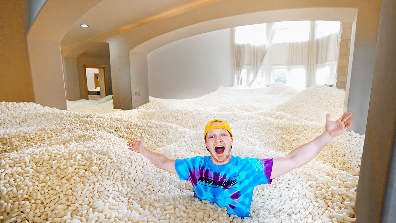 I FILLED MY ISLAND HOUSE WITH PACKING PEANUTS!