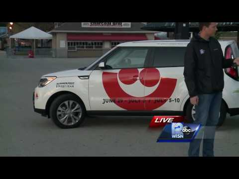Summerfest crews out giving away free tickets