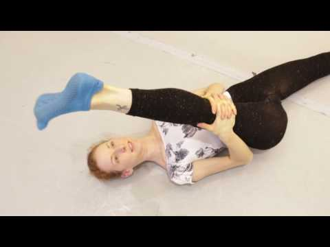 Yoga Moves: Reduce foot injury with Fleet Feet exercise