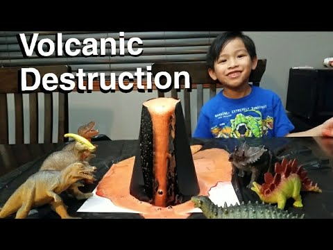 DIY vinegar and baking soda volcano project... VOLCANO DESTRUCTION for kids