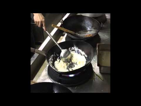 How to cook salted fish fried rice? Wok cook 5