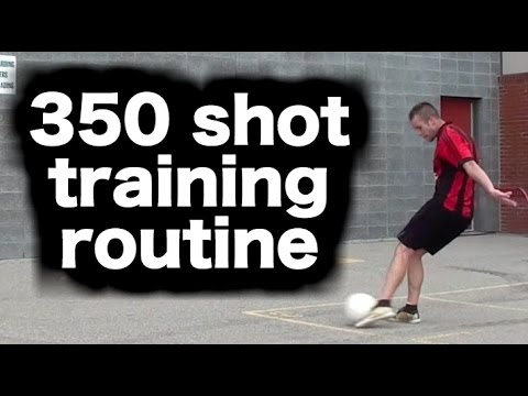 Practicing how to shoot a soccer ball ► Improve soccer shots and soccer shooting technique