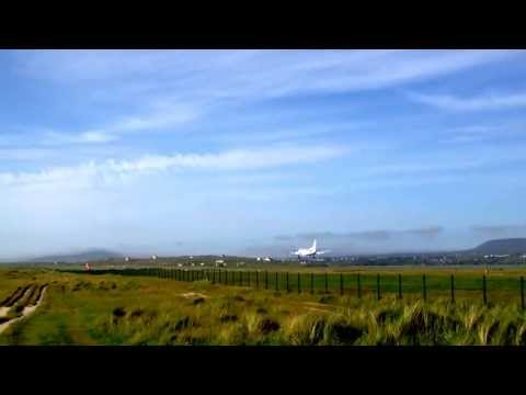 Flybe Saab 340 Landing in Carrickfinn, Donegal.