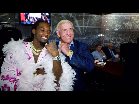 """Xxx Mp4 Offset Shows Off """"Ric Flair Drip"""" Backstage At SmackDown LIVE WWE Exclusive Sept 17 2019 3gp Sex"""