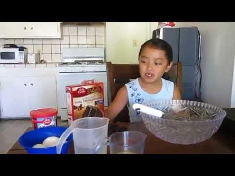 Making Betty Crocker Chocolate Cake