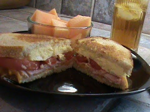 Fancy Egg and Tomato Sandwich