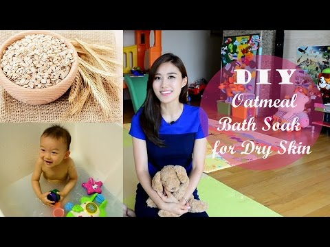 Soothing DIY Oatmeal Bath Soak (Amazing for Dry or Eczema Prone Skin!)