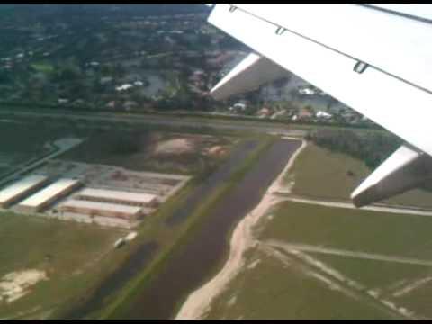 Landing at Fort Myers Airport, Florida.3GP