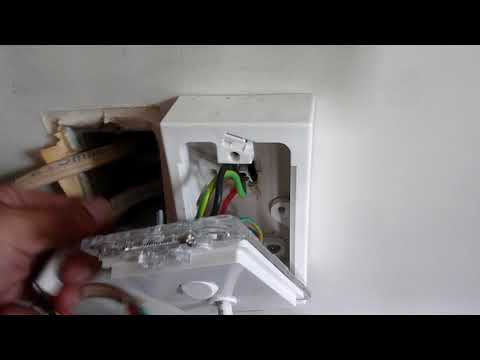 HowToIncompetence - Housing New Zealand lethal, illegal electrical work