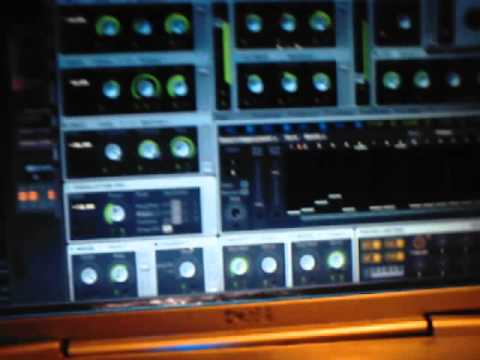 messin around with a bass synth on massive
