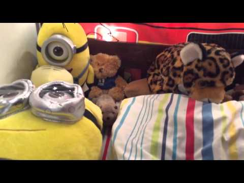 How to make a good setup in your bed if you have a lot of stuffed animals