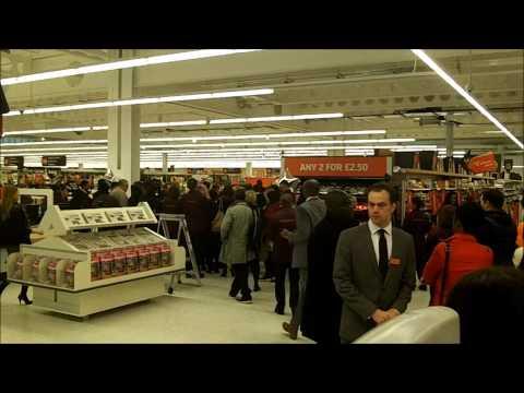 Sainsbury's Tottenham Opening - 6.11.13 - 3.