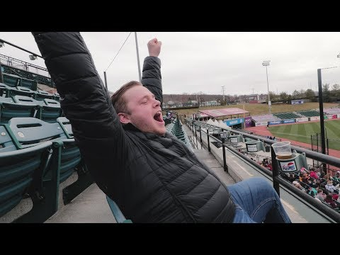 Embarrassing my friends at the COOLEST Minor League Baseball stadium! (Altoona Curve)