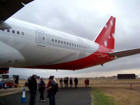 Vaustralia Boeing 777-300ER Avalon Airshow 2009