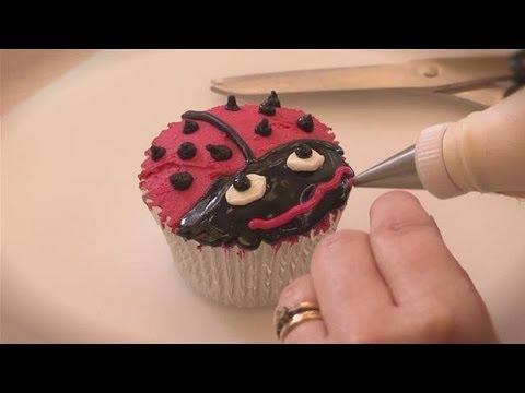 How To Do Ladybug Cake Design