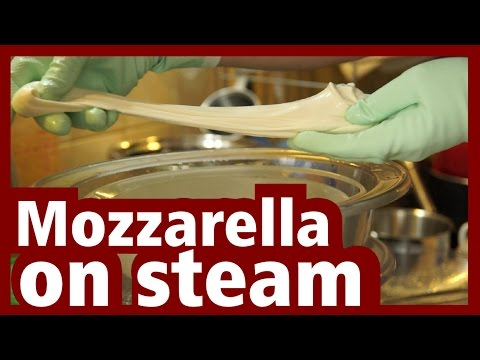 Mozzarella steam stretching - homemade NO microwave