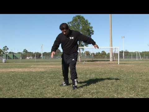 Soccer Tips & Moves : How to Aim a Soccer Ball