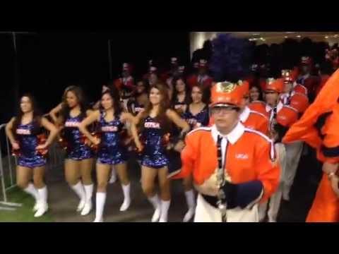 SOSA Through Tunnel for Houston Game