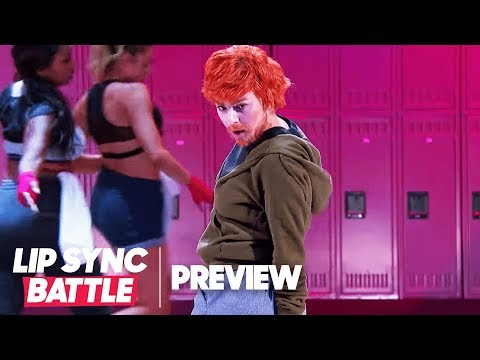 """Charli XCX Transforms Into Ed Sheeran for """"Shape of You"""" 