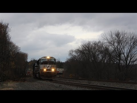 A Chilly Day on the Pittsburgh Line - November 26th 2016