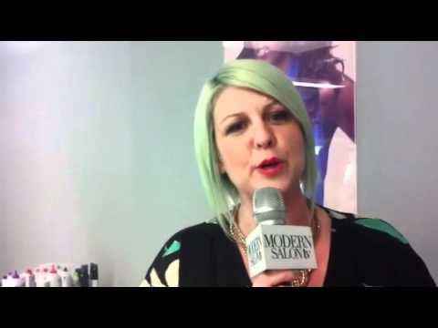 Lucie Doughty's Mint Green Hair Color Formula
