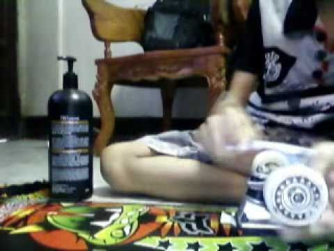 how to clean your skateboard wheels