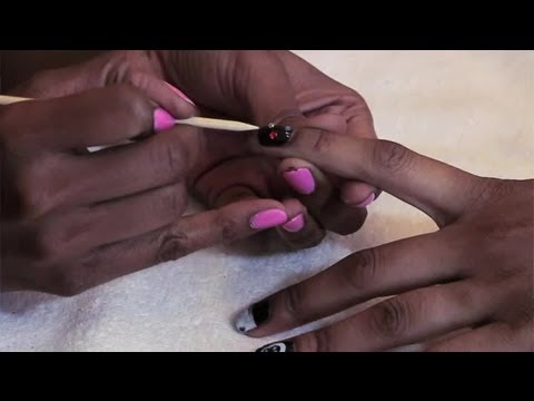 Removing Dry Nail Polish From Skin Without Remover : Manicure Maintenance