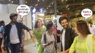 See Kartik Aryan SAVE Gf Sara Ali Khan From Falling & Shows LOVE & CARE for her At Airport