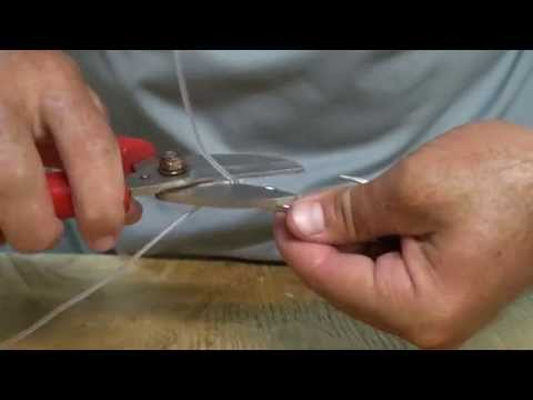 Mustad How to: Tie a knot with large leaders(sword fish) by Brandon Mullar