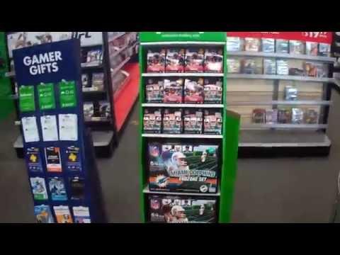 Shopping Inside Best Buy - Fort Myers, Florida