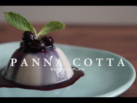 Vegan Panna Cotta with Blueberry Compote | Sensible Plate