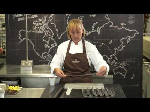 Callebaut: How to Make Chocolate Flowers